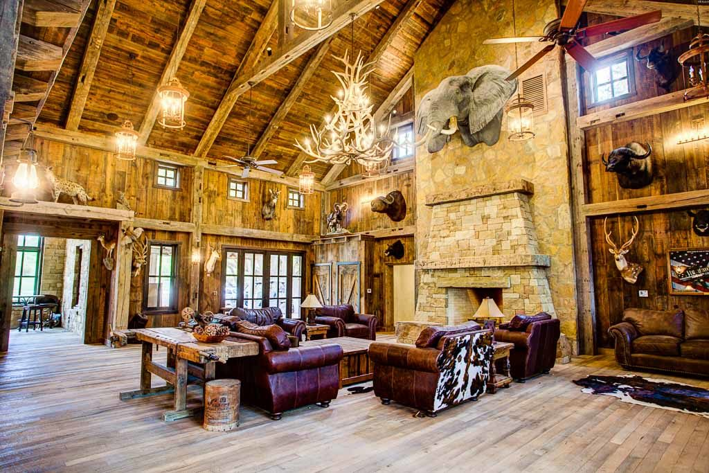 inside of ox ranch lodge