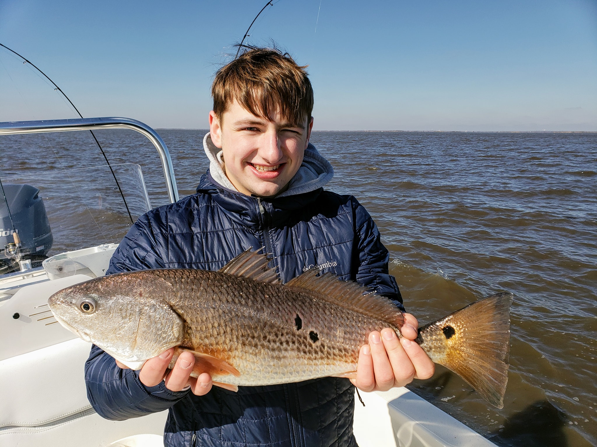 4-person-redfish-trip-1556237127492655672