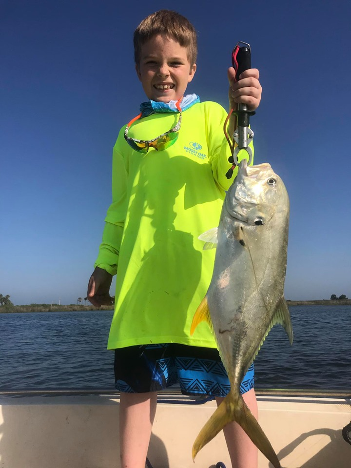saltwater-flats-and-bay-fishing--1560632386355621316