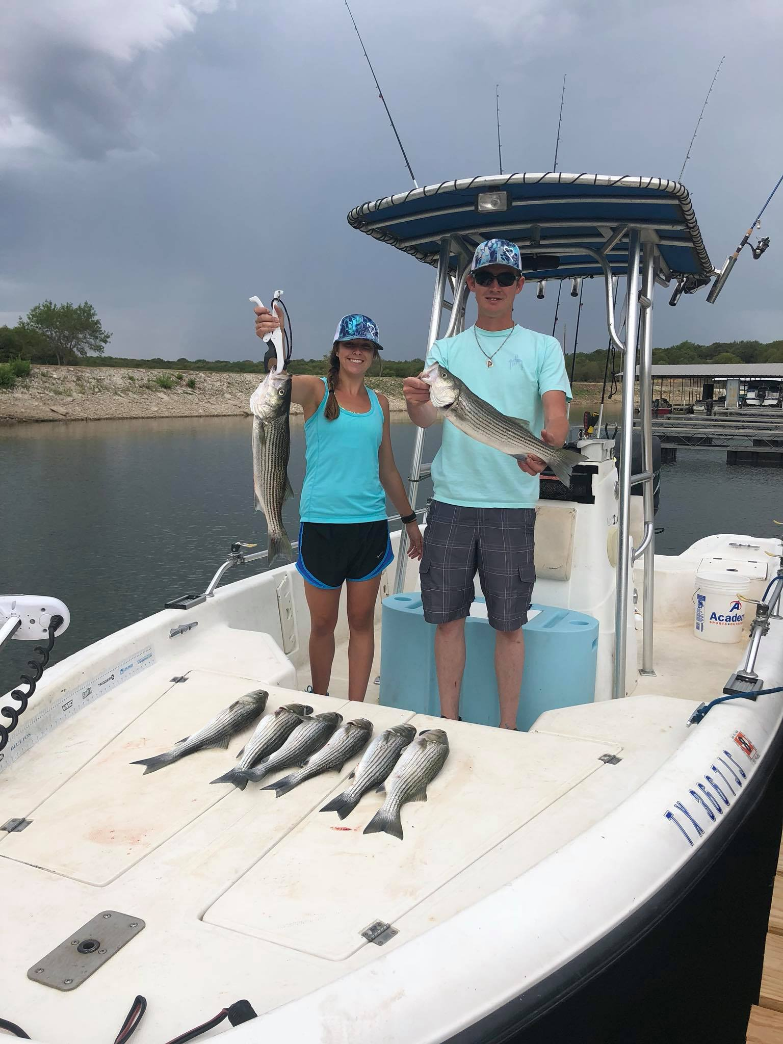 striper-fishing-on-lake-whitney-15648849961281263432