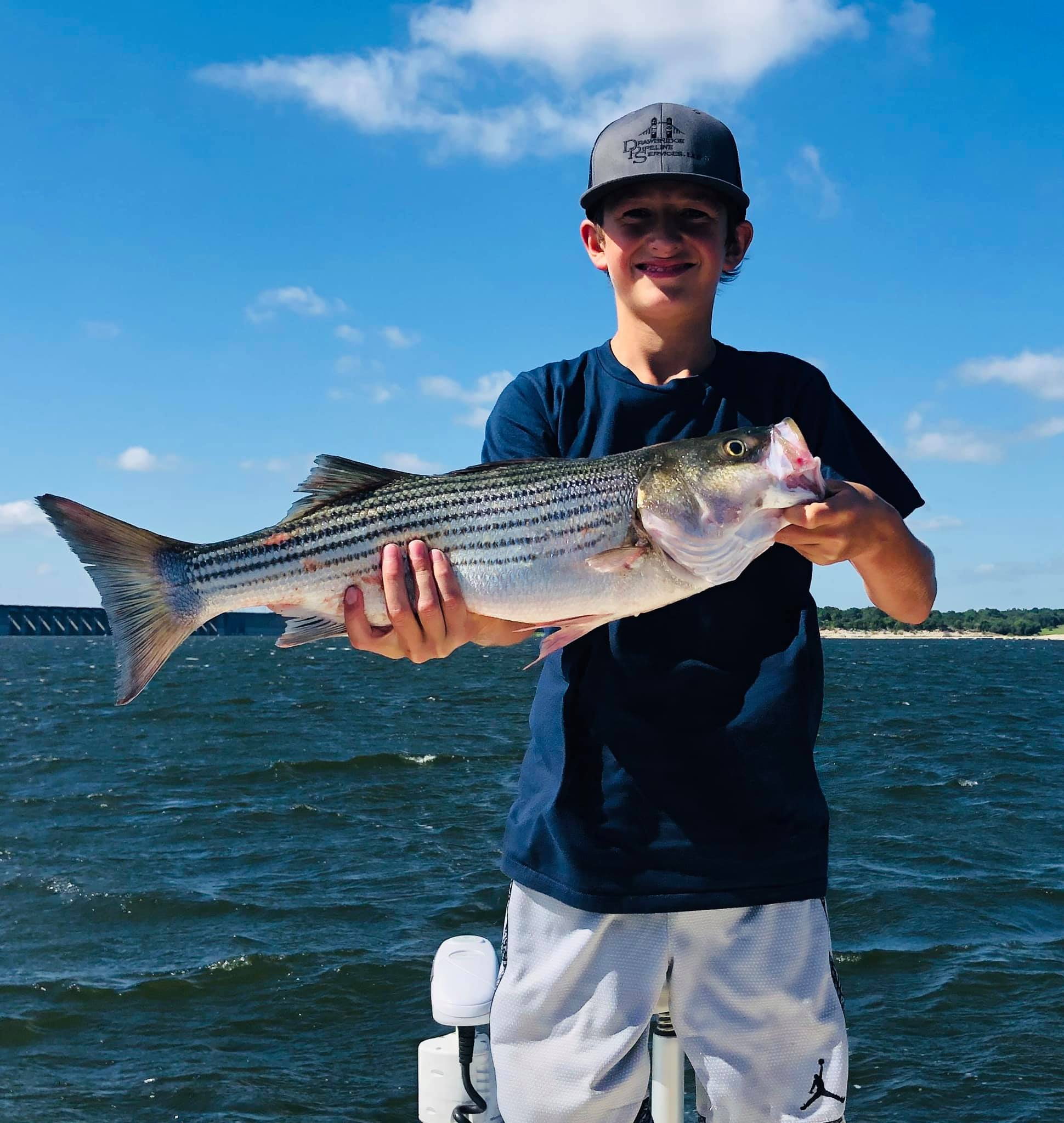 striper-fishing-on-lake-whitney-1564885038956662071