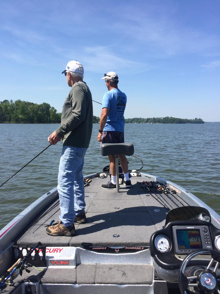 6-hours-on-lake-guntersville-weekends-15692000971451788604