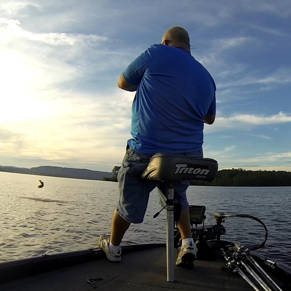 lake-guntersville-fishing-guide-1571079368566292427